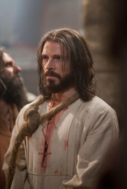 Jesus with arrested, rope around neck. Copyright IRI, Inc. Courtesy Gospel Media, https://www.churchofjesuschrist.org/media
